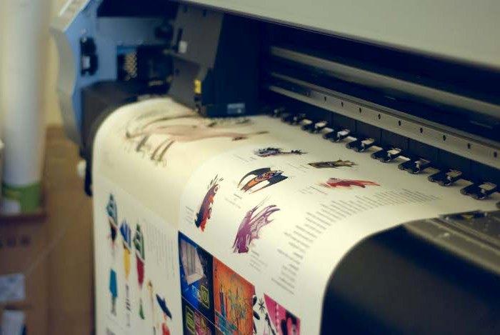 печать плакатов а4